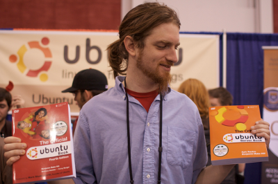 Mako with the two Ubuntu Books